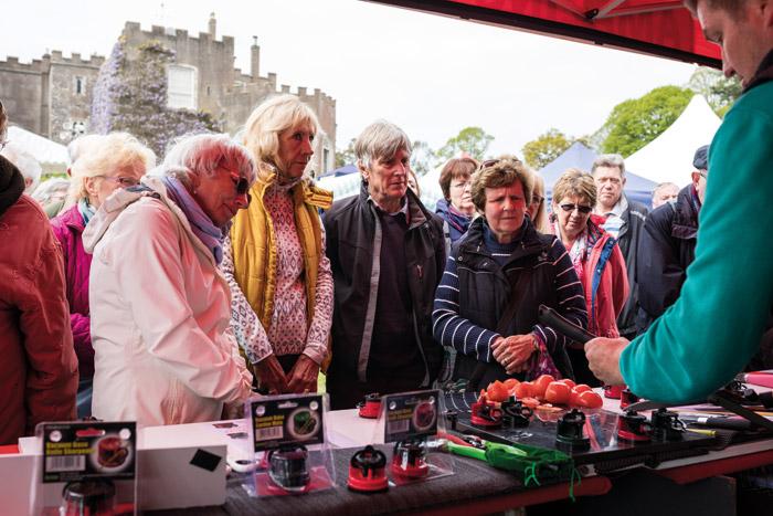 2017-04-28-Toby-Garden-Fest-Powderham-EdOvenden-155